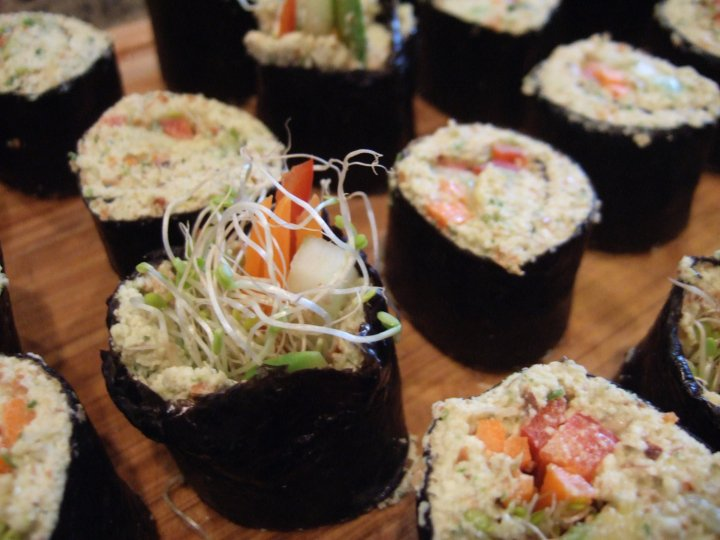 Raw vegan sushi, ready to eat!